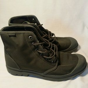 Palladium laced Men's High boots, Army Green